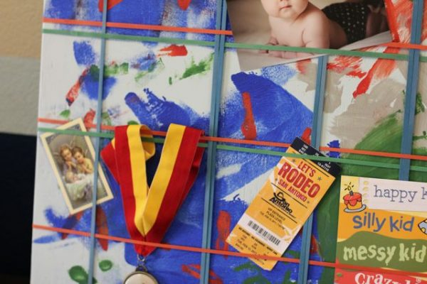 Tame Your Kid's Clutter! DIY Rubber Band Memo Board