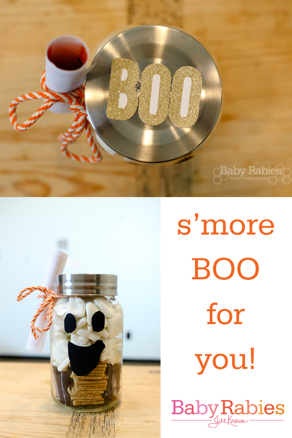 A s'mores jar to Boo your neighbors | BabyRabies.com
