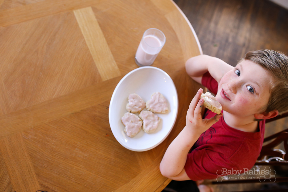 No Cookie Cutter Heart Cookies & Homemade Strawberry Milk | BabyRabies.com