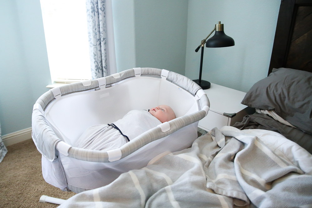 HALO Bassinest Swivel Sleeper and Cuddle Insert Review | BabyRabies.com