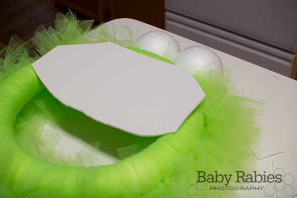 image of adding the white foam for the wreaths teeth