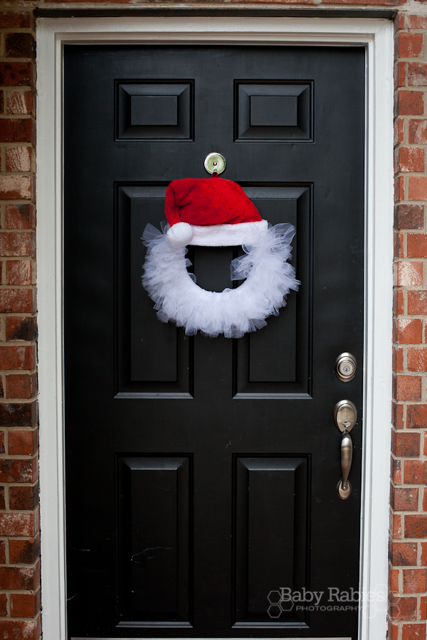 image of wreath finished on the front door