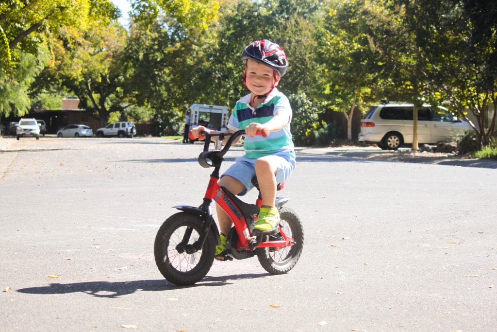 The tear free way to teach your child to ride a bike | BabyRabies.com